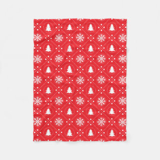 Traditional Red White Snowflakes Christmas Pattern Fleece Blanket