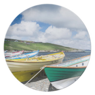 Traditional rowboats plate