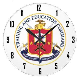 TRAINING & EDUCATION COMMAND WALLCLOCK