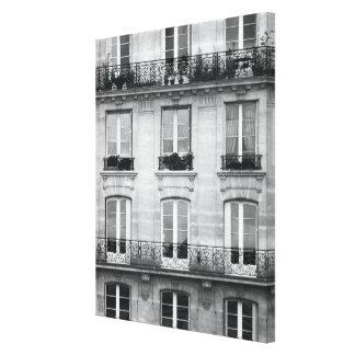 Travel | Black and White Vintage Building In Paris Canvas Print