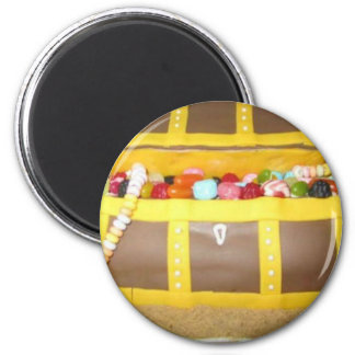 Treasure chest cake 6 cm round magnet