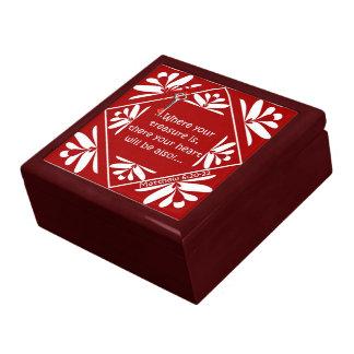 Treasure chest jewelry boxes