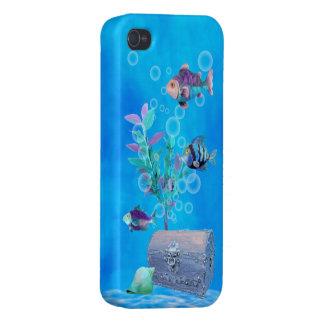 Treasure Chest & Pretty Fish in the Ocean iPhone 4 Cases