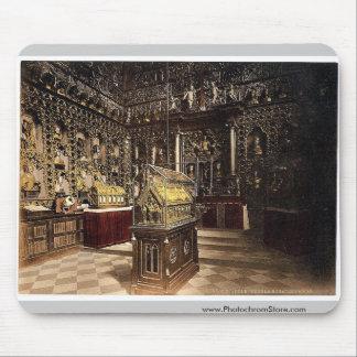 Treasury of St. Ursula, Cologne, the Rhine, German Mousepads