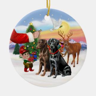 Treat for Two Labradors (Chocolate + Black) Round Ceramic Decoration