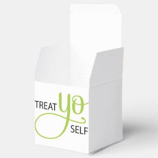 Treat Yo Self Lime Party Favour Box