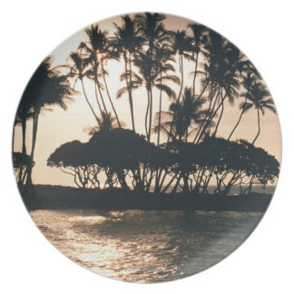 Tree and Sea Plate