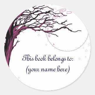 Tree, red round sticker
