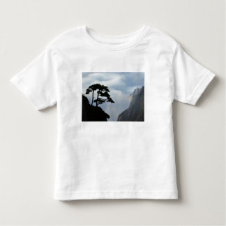 Tree silhouetted at sunrise, Yellow Mountain, Tshirt