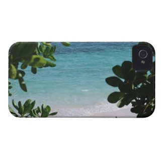 Trees and the sea Case-Mate iPhone 4 case