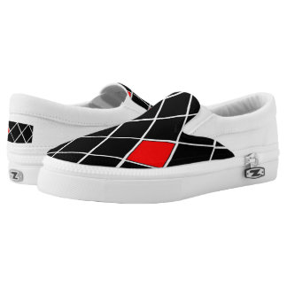 Trendy Black White Red Diamonds Pattern Slip On