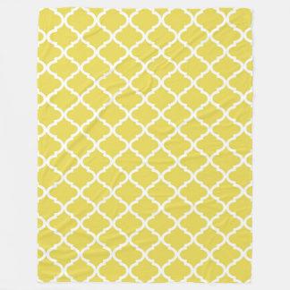 Trendy Bright Yellow Moraccan Quatrefoil Pattern Fleece Blanket