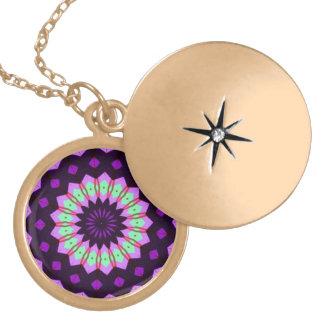 Trendy circle line pattern pendant