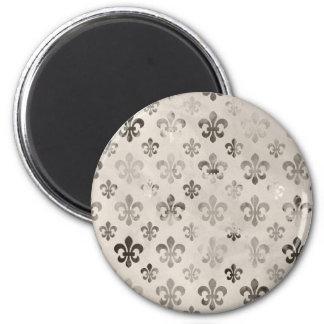 Trendy Distressed Silver Grey Fleur De Lis Pattern Magnet