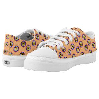 Trendy kaleidoscope pattern low tops