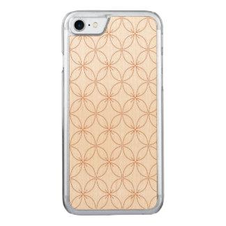 Trendy orange quatrefoil pattern carved iPhone 8/7 case