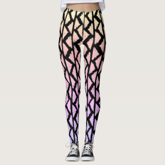 Triangle pattern leggings