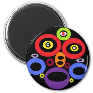 tribal alien 6 cm round magnet