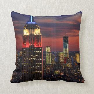 Tribute In Light Sept 11, World Trade Cntr ESB #1 Throw Pillow
