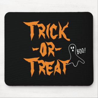 Trick-or-Treat Halloween Ghost Saying Boo v2 Mouse Mat