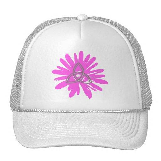 Trinité sur fleur rose. mesh hats