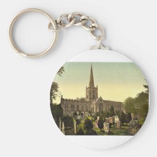 Trinity Church yard, Stratford-on-Avon, England ra Key Chains