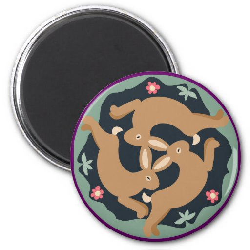 Triple Hare 6 Cm Round Magnet