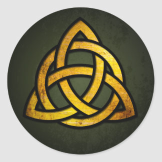 Triquet Celtic Knot (gold & black on grunge green) Classic Round Sticker