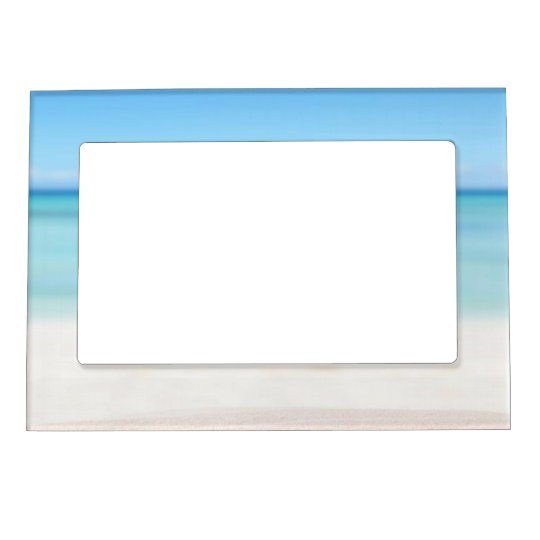 Tropical Beach with sand and waves Magnetic Frame