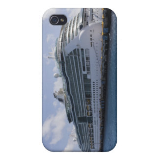 Tropical Cruise Ship iPhone 4 Cover