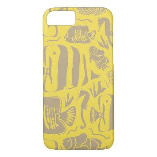 Tropical Fish Tank Illustration_Yellow iPhone 8/7 Case