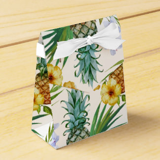 Tropical hawaii theme watercolor pineapple pattern favour box
