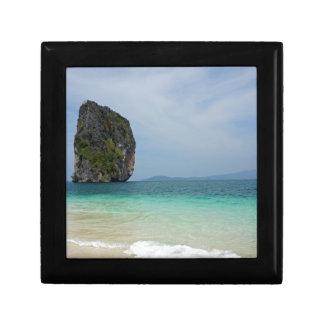 tropical island small square gift box