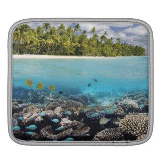 Tropical Lagoon in South Ari Atoll iPad Sleeve