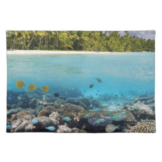 Tropical Lagoon in South Ari Atoll Placemat