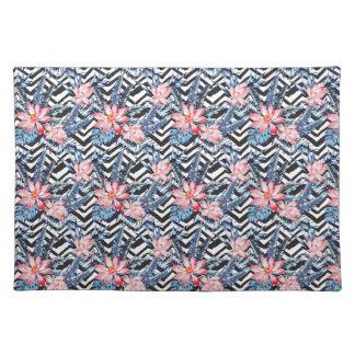 Tropical Lotus Flower Pattern Placemat
