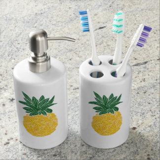 Tropical Pineapple Toiletry Set