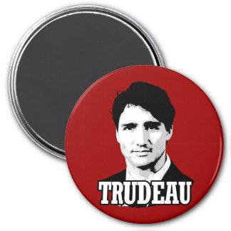 Trudeau 7.5 Cm Round Magnet