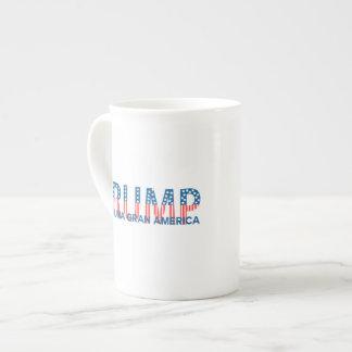 Trump, para una gran América Bone China Mug