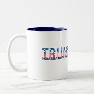 Trump, para una gran América Two-Tone Mug