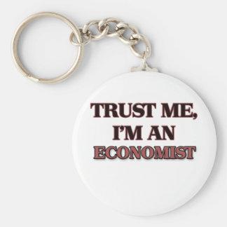 Trust Me I'm an Economist Key Ring