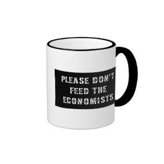 Trust Me I'm an Economist Ringer Mug