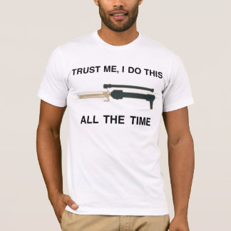 TRUST ME WITH YOUR CURLS ;) T-Shirt