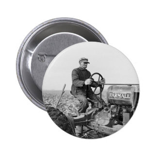Trusty Old Tractor, 1930s 6 Cm Round Badge
