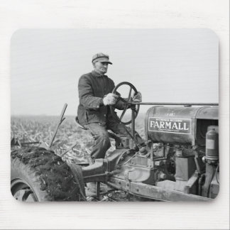 Trusty Old Tractor, 1930s Mouse Mat