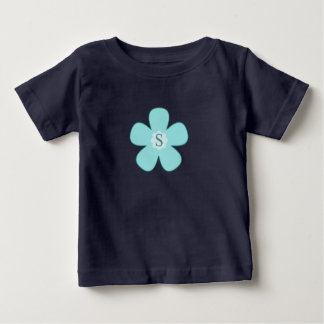 Tshirt with the initial s