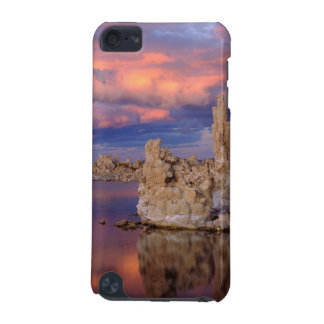 Tufa Formations on Mono Lake iPod Touch (5th Generation) Cover
