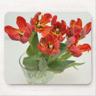 Tulip red マウスパッド
