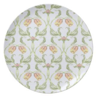 Tulip Trellis Melamine Plate