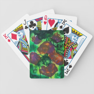 Tulipes pourpres dans le feuillage bicycle playing cards